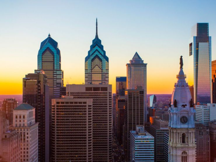 Philadelphia-Pass-Loews-Skyline-C.Smyth2200x1237-924x693.jpg